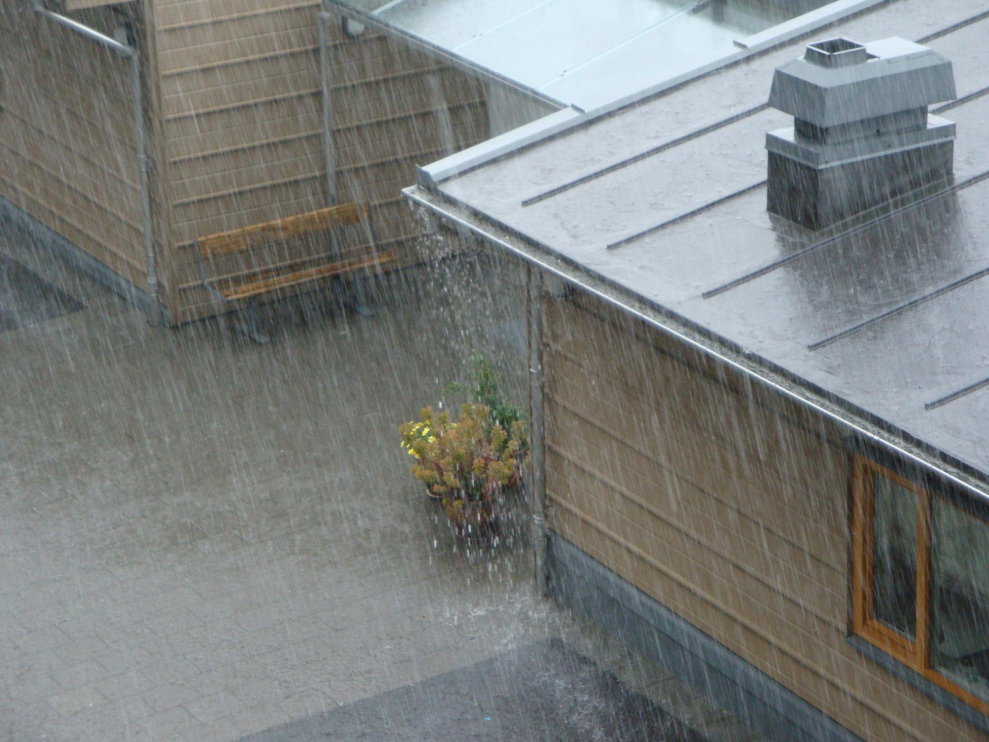 Irving-Rain-Gutters-Gutter-Installation-1.jpg