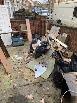 Man and Van Luton Yard Clearance Before.jpg