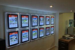Wall-Displays-1.jpg-nggid0279-ngg0dyn-360x240x100-00f0w010c011r110f110r010t010.jpg